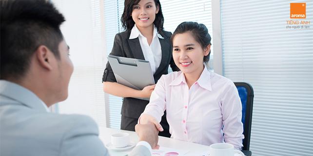 Phong-van-nhan-vien-kinh-doanh-tieng-anh-giao-tiep-trong-cong-so-p1