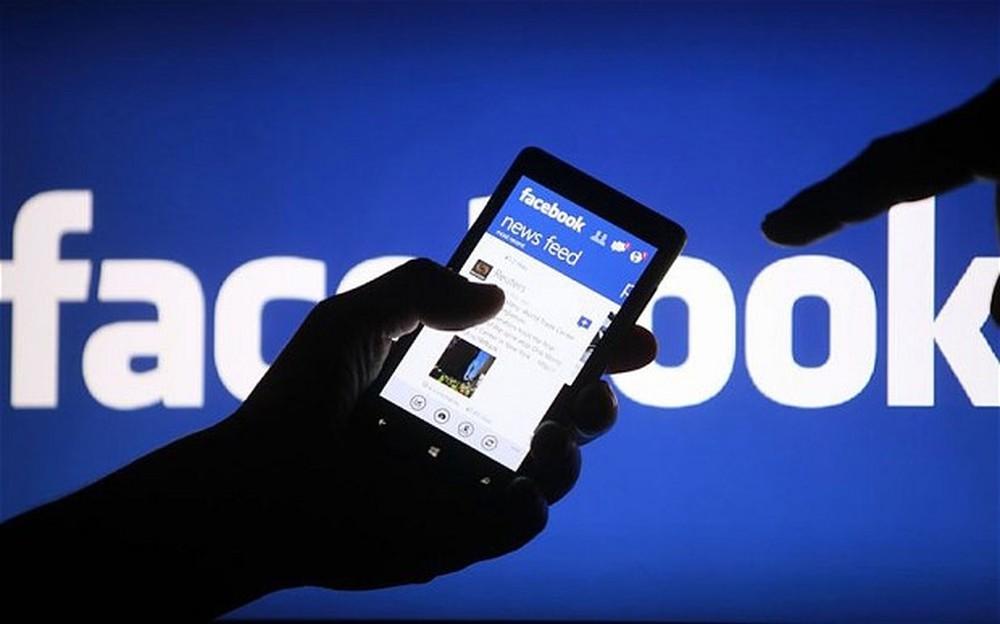 Bài luận tiếng anh về facebook
